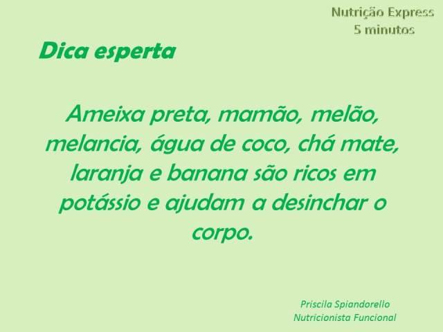 Ameixa preta, mamão, melão, melancia